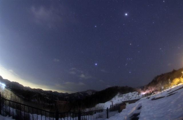オリオン座流星群,見える方角,見える時間,ピーク,2019,観測スポット,穴場,横浜,宮ヶ瀬ダム周辺